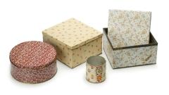 papierüberzogene Keksdosen